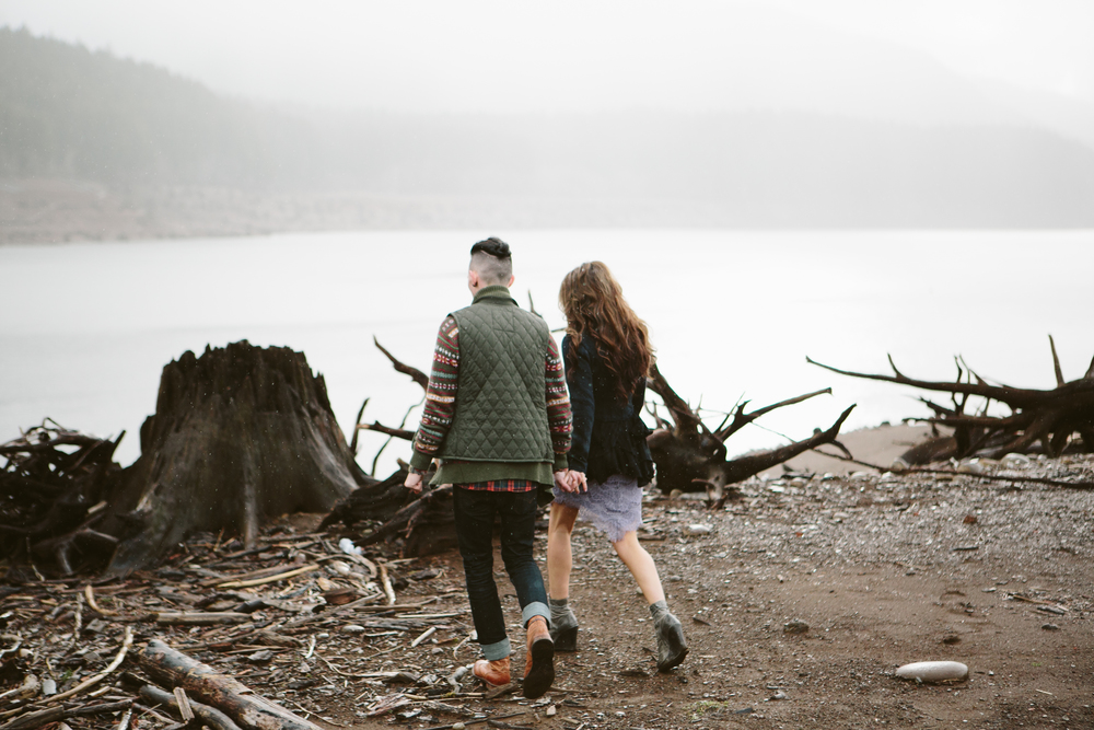 Portland Oregon Engagement Photgraphy- Detroit Lake (10).jpg