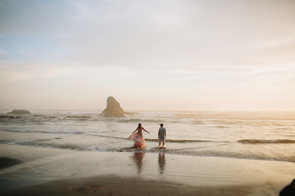 Oregon Coast Cannon Beach Engagement Session- Grace and Jaden photography (22).jpg