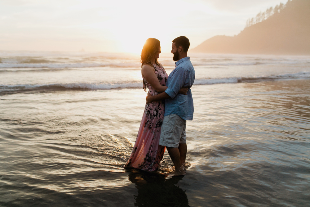Oregon Coast Cannon Beach Engagement Session- Grace and Jaden photography (28).jpg