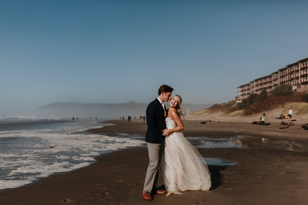 Cannon Beach Oregon Elopement- Grace and Jaden Photography (2)(1).jpg