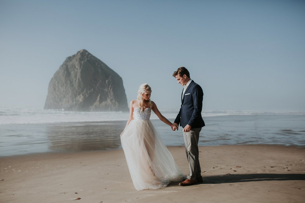Cannon Beach Oregon Elopement- Grace and Jaden Photography (7)(1).jpg