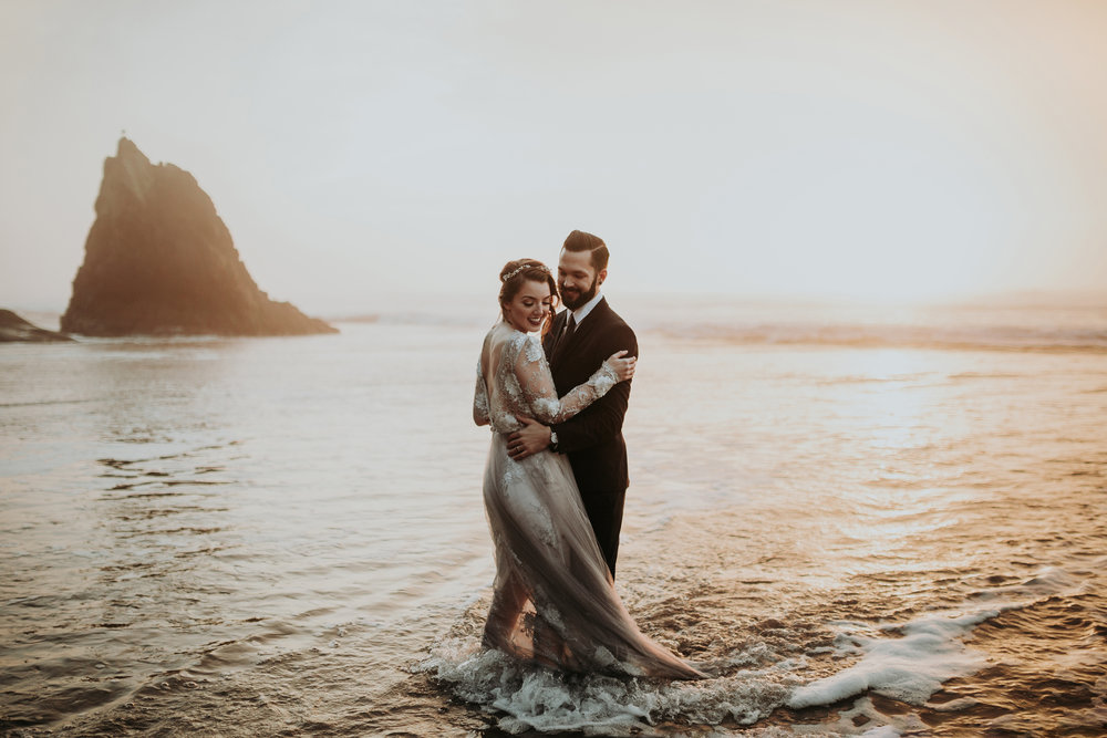Grace and Jaden Photography- Best Places to Elope in Oregon- Hug Point (4) .jpg