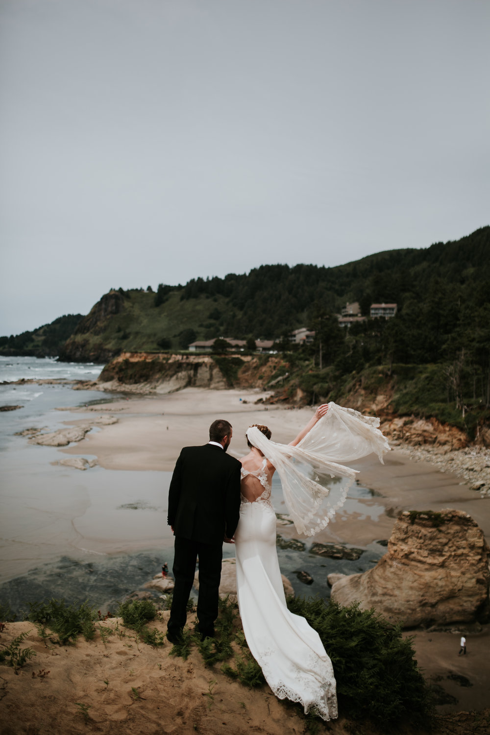 Oregon Coast Wedding- Grace and Jaden Photography (49).jpg