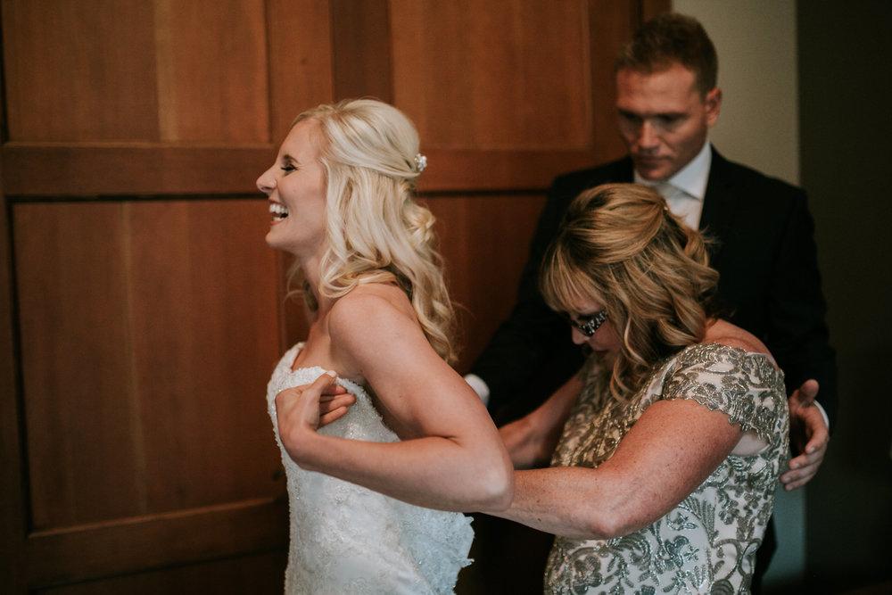 Willamatte Valley Vineyard Wedding- Grace and Jaden Photography (3).jpg