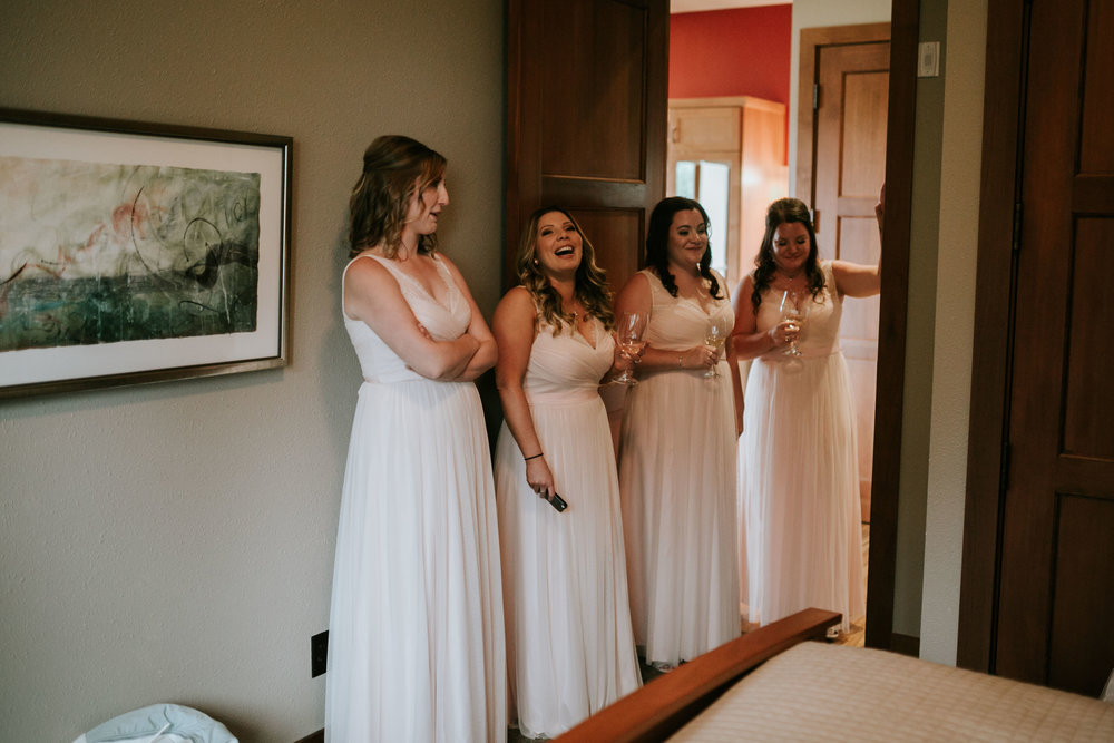 Willamatte Valley Vineyard Wedding- Grace and Jaden Photography (4).jpg