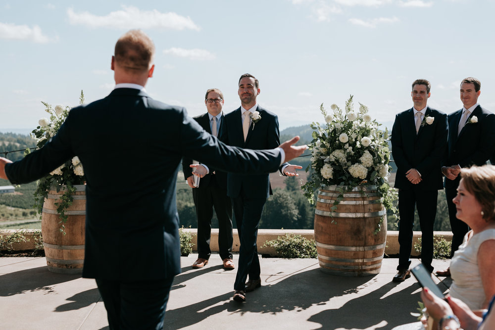 Willamatte Valley Vineyard Wedding- Grace and Jaden Photography (33).jpg