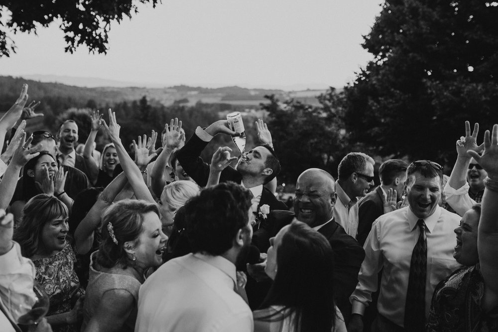 Willamatte Valley Vineyard Wedding- Grace and Jaden Photography (73).jpg