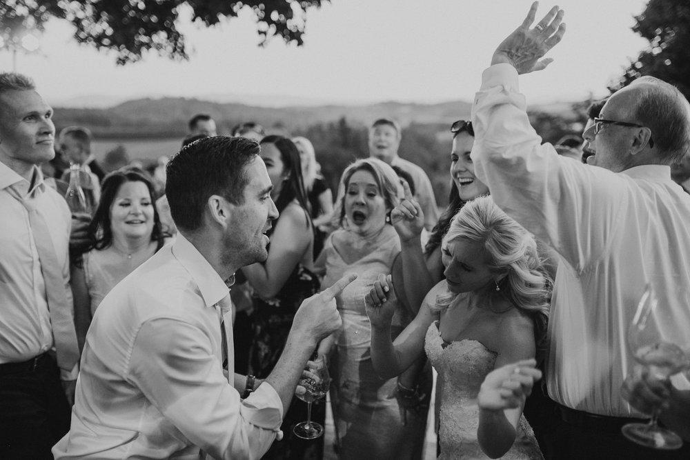 Willamatte Valley Vineyard Wedding- Grace and Jaden Photography (74).jpg