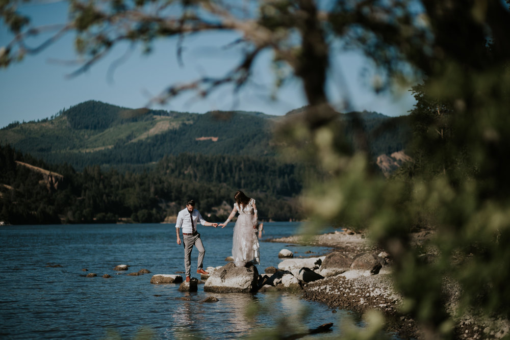 Columbia River Gorge Elopement- Grace and Jaden Photography (15).jpg