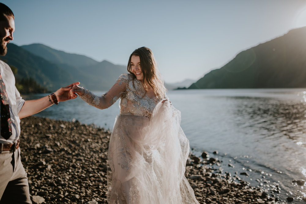 Columbia River Gorge Elopement- Grace and Jaden Photography (35).jpg