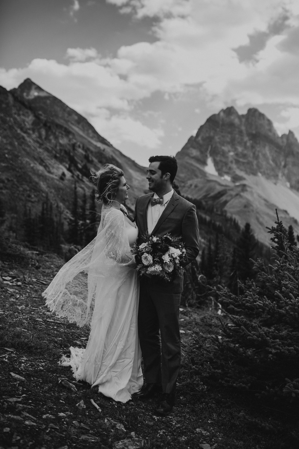 Banff National Park, Alberta Canada Elopement - Grace and Jaden Photography (58).jpg