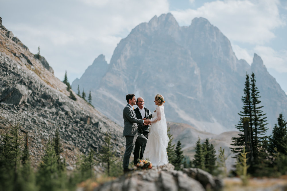 Banff National Park, Alberta Canada Elopement - Grace and Jaden Photography (91).jpg