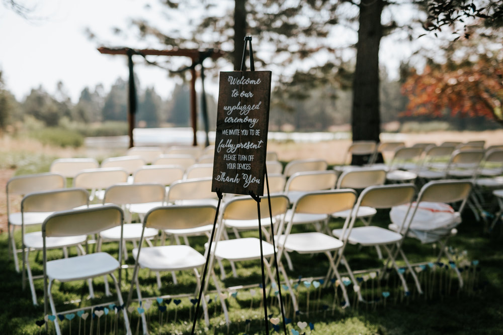 Sunriver Oregon Backyard Intamate Wedding- Grace and Jaden Photography (5).jpg