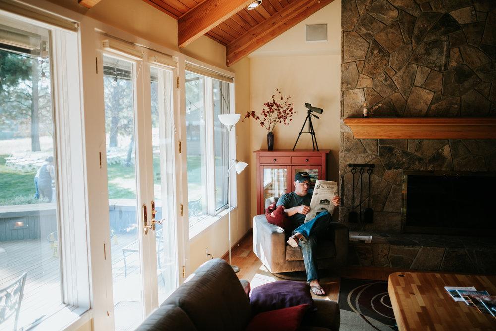 Sunriver Oregon Backyard Intamate Wedding- Grace and Jaden Photography (10).jpg
