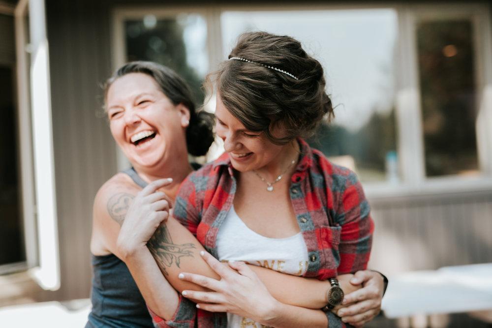 Sunriver Oregon Backyard Intamate Wedding- Grace and Jaden Photography (12).jpg