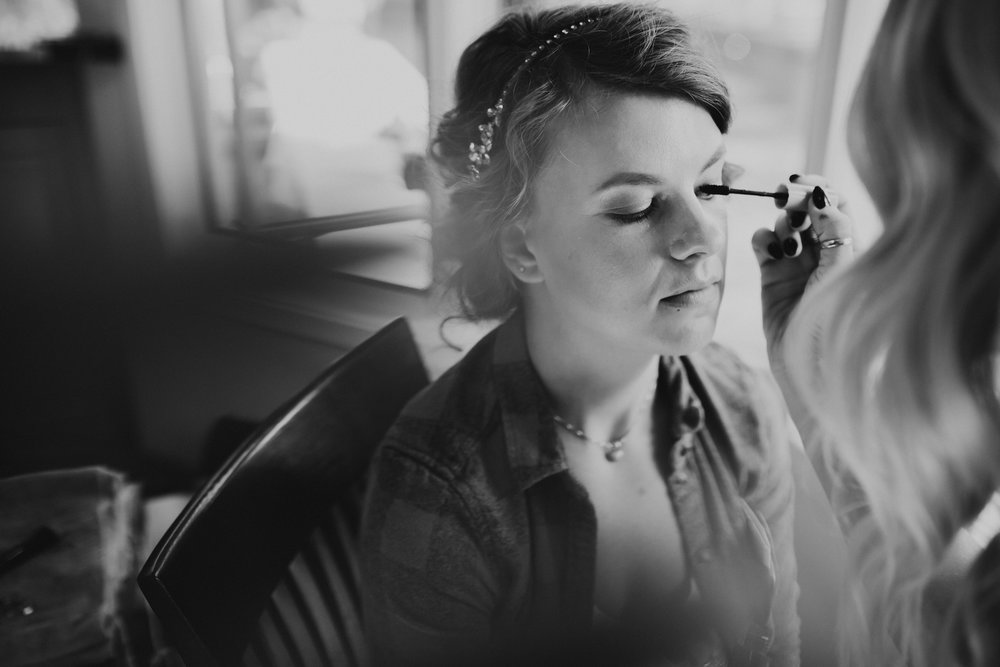 Sunriver Oregon Backyard Intamate Wedding- Grace and Jaden Photography (21).jpg