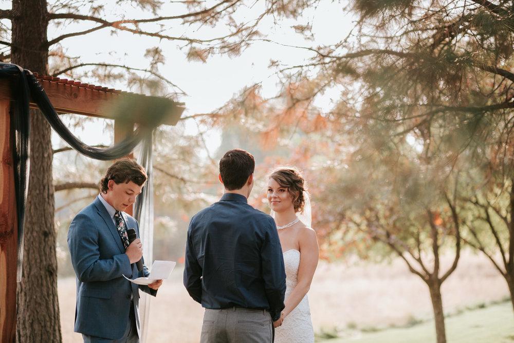 Sunriver Oregon Backyard Intamate Wedding- Grace and Jaden Photography (65).jpg
