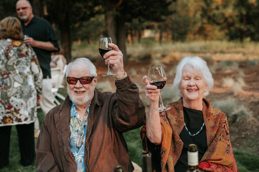 Sunriver Oregon Backyard Intamate Wedding- Grace and Jaden Photography (93).jpg