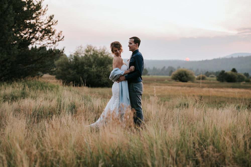 Sunriver Oregon Backyard Intamate Wedding- Grace and Jaden Photography (100).jpg