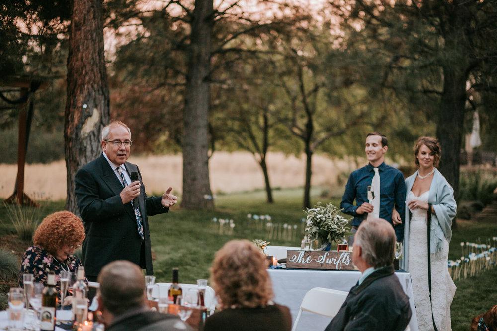 Sunriver Oregon Backyard Intamate Wedding- Grace and Jaden Photography (103).jpg
