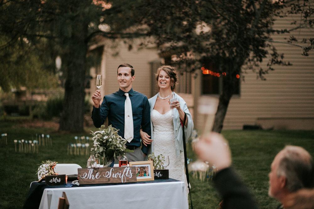 Sunriver Oregon Backyard Intamate Wedding- Grace and Jaden Photography (105).jpg