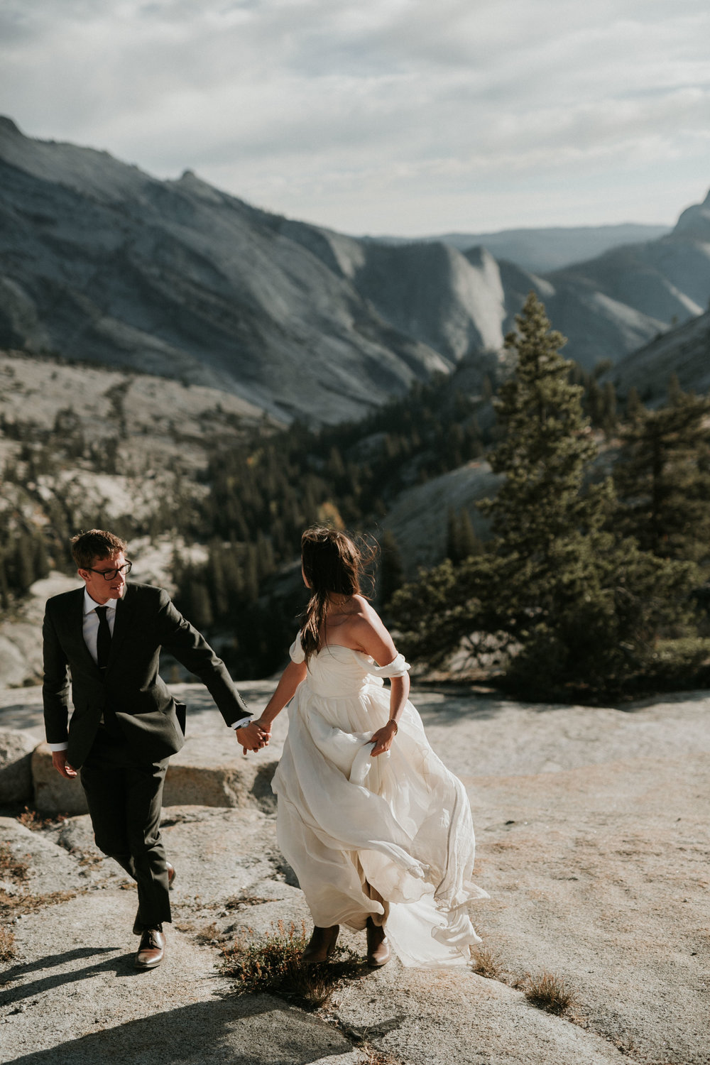 Yosemite Elopement, California Wedding- Grace and Jaden Photography- Shannon and Ian (24).jpg