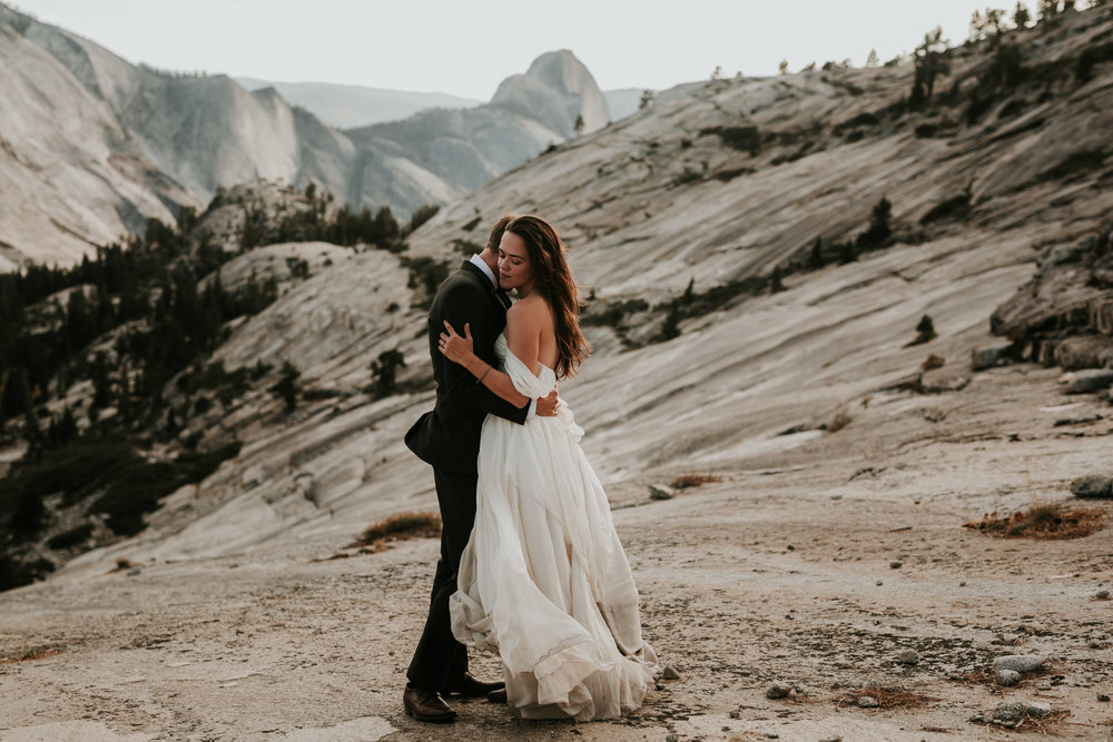 Yosemite Elopement, California Wedding- Grace and Jaden Photography- Shannon and Ian (32).jpg