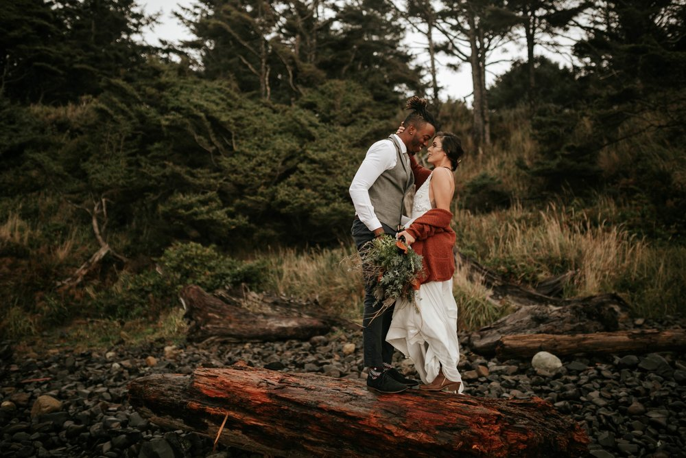 Hug Point Oregon Elopement- Cannon Beach- Grace and Jaden Photography (10).jpg