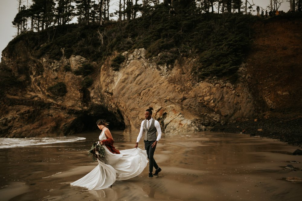 Hug Point Oregon Elopement- Cannon Beach- Grace and Jaden Photography (19).jpg