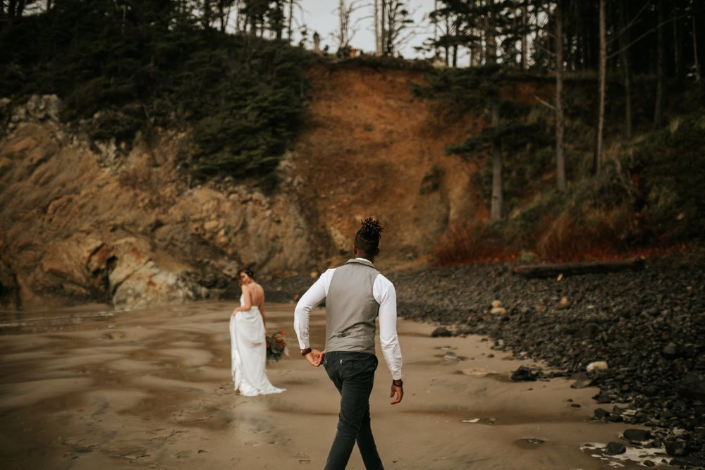 Hug Point Oregon Elopement- Cannon Beach- Grace and Jaden Photography (23).jpg