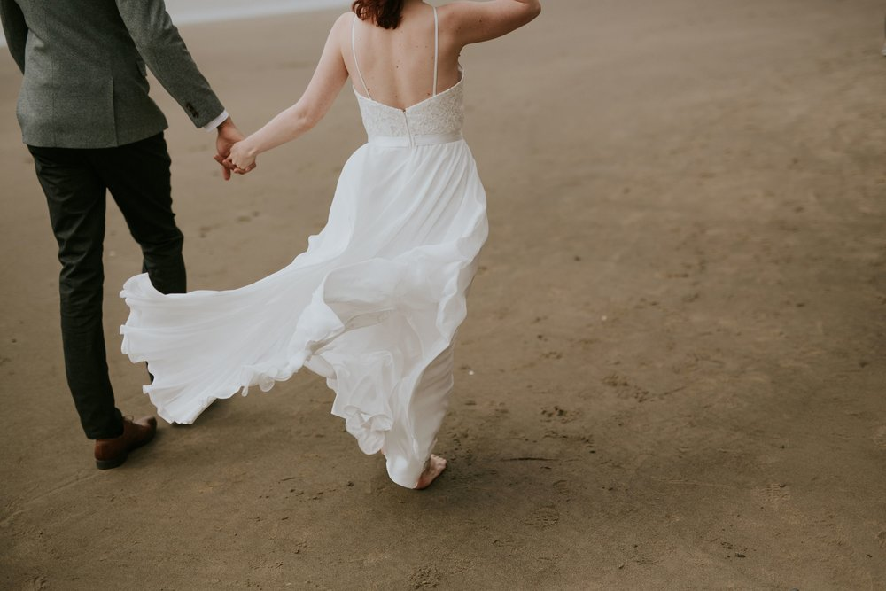 Hug Point, Oregon Intimate Elopement- The soft Season Photography