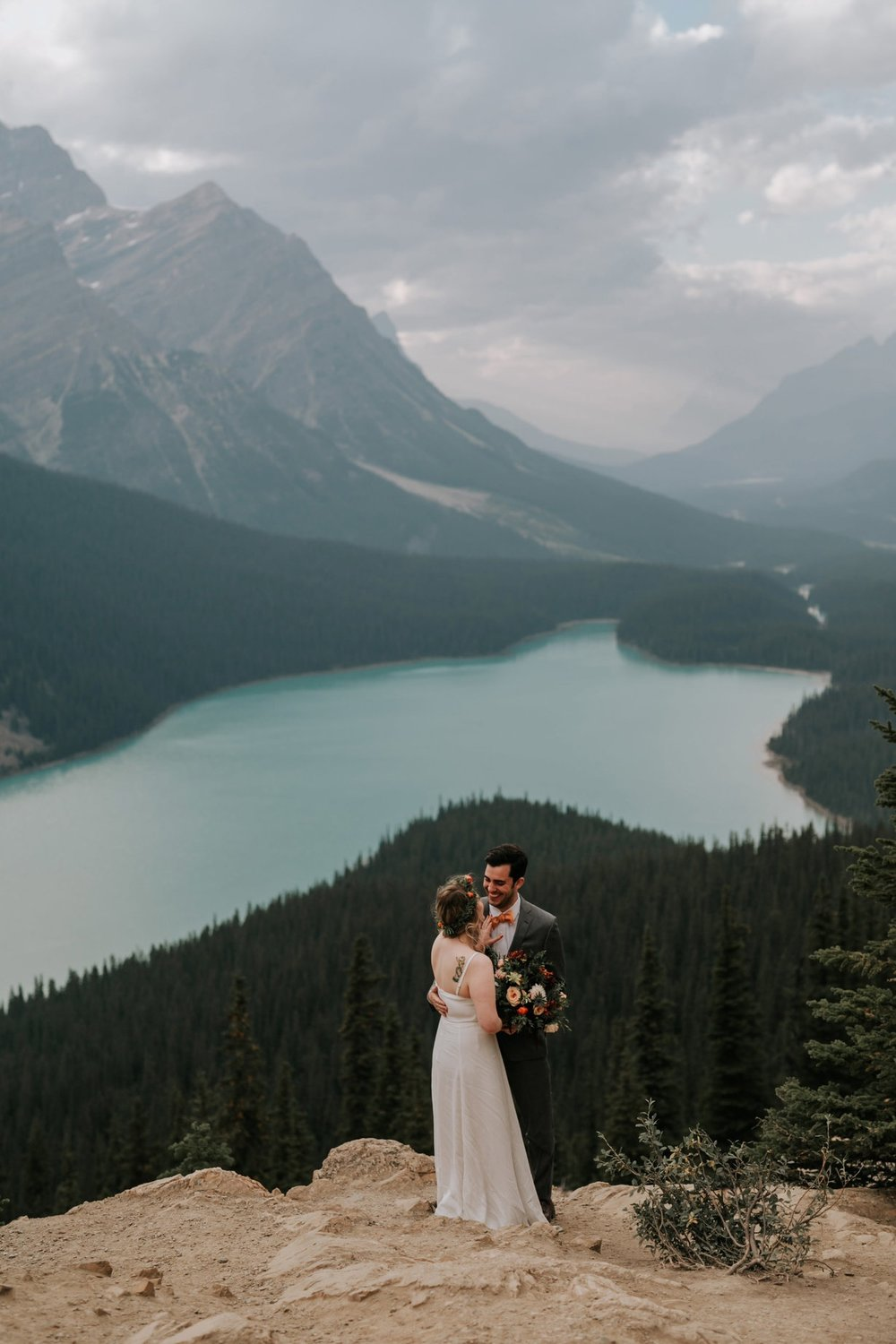 Banff National Park, Alberta Canada Elopement - Grace and Jaden Photography (14).jpg
