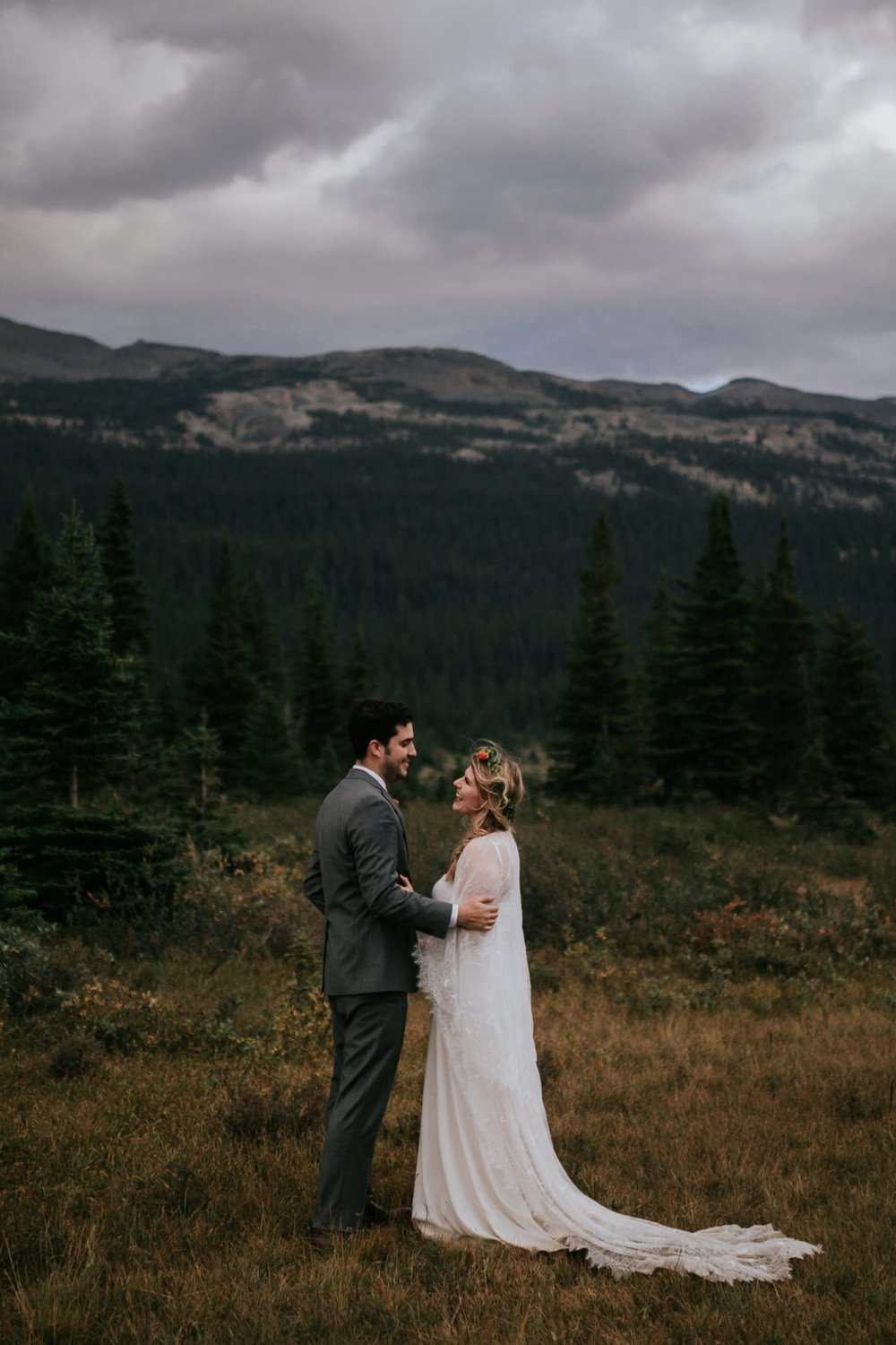 Banff National Park, Alberta Canada Elopement - Grace and Jaden Photography (151).jpg