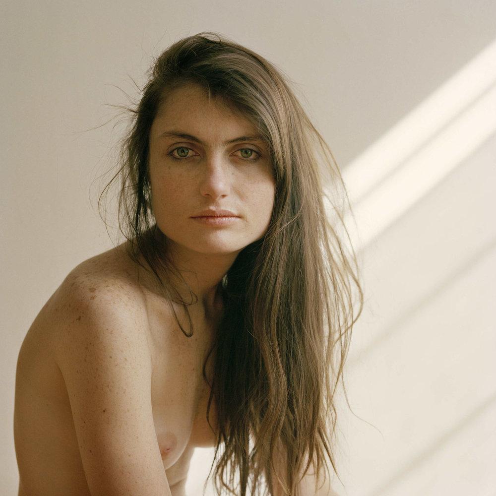 Mariel, 2012