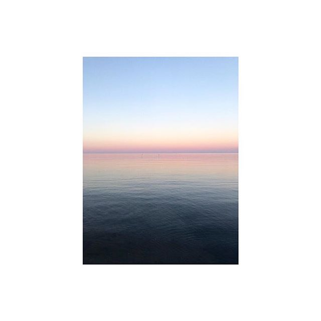 gradients ⚪️ #beautiful #gotland #sweden #summer #colors #softcolors #gradients #balticsea #nature #scandinavian #ocean #sky #photography #hdr #contrast #light #shadow #emmeliefranzendesign