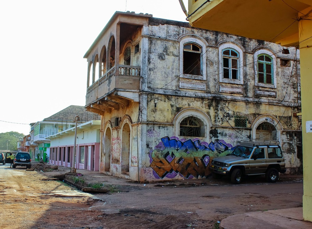Graffiti in Bissau