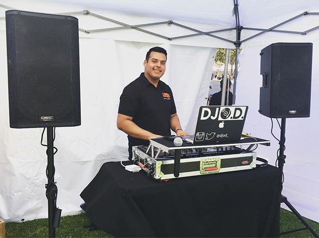 Shout out to DJ Oliver D.  #HoyDeportes x #GrooveSnaps