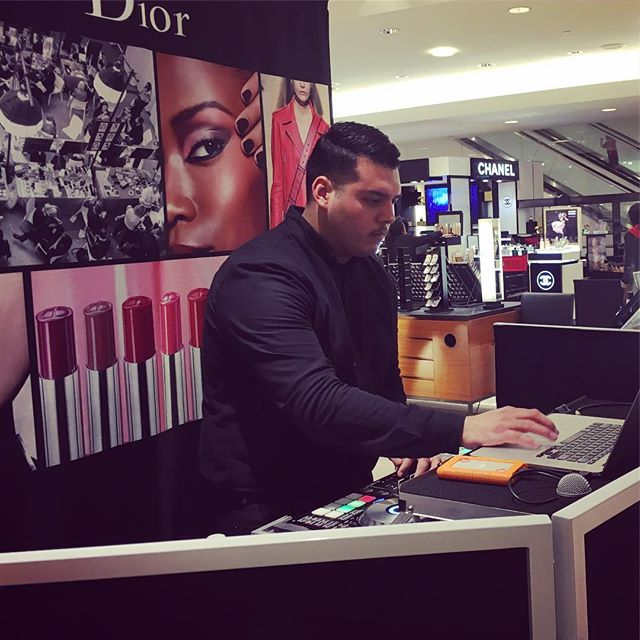 Happy Birthday to one of our favorite DJ's!! DJ Oliver D. 🙌🏽 #groovesnaps #dior #makeup