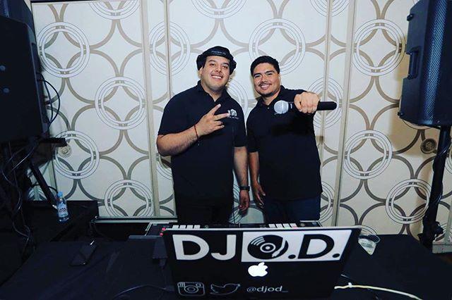 Groove Snaps DJs  Photo Cred: @gallegos.studio  #GrooveSnaps #DJsforHire #BookwithUs