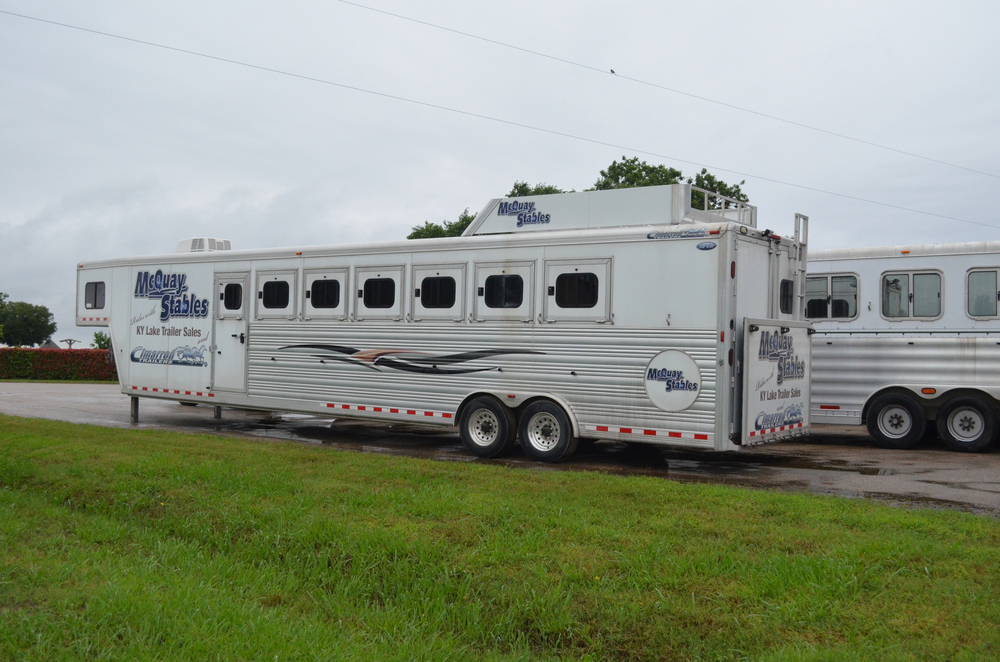 Ky Lake Trailer at Farm.jpg