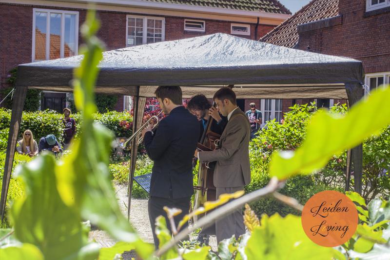 24-05-15_Leidse Hofjesconcerten -Black Tie Trio 3.jpg
