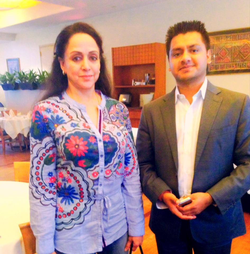 Chandresh with Hema Malini
