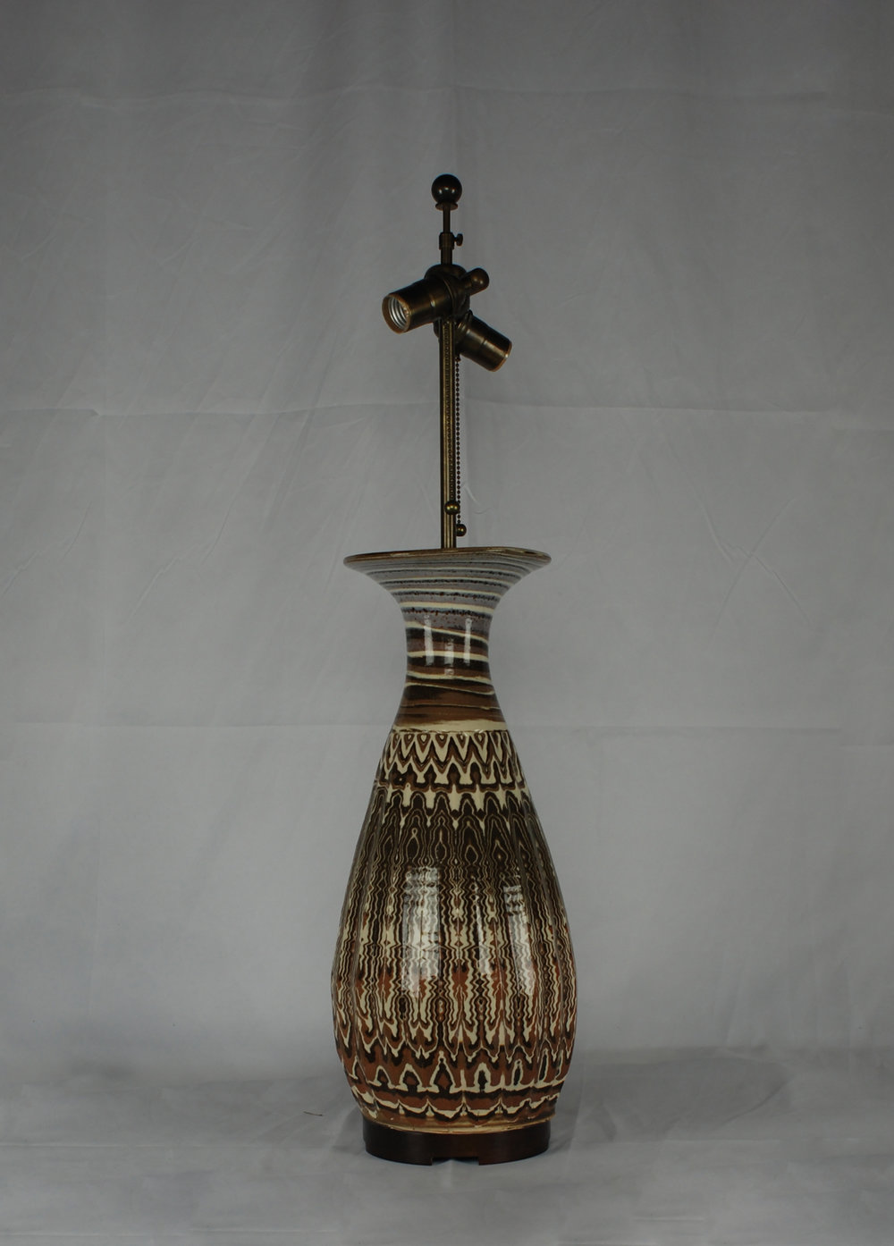Karnak table lamp in Agatewarejpg.jpg