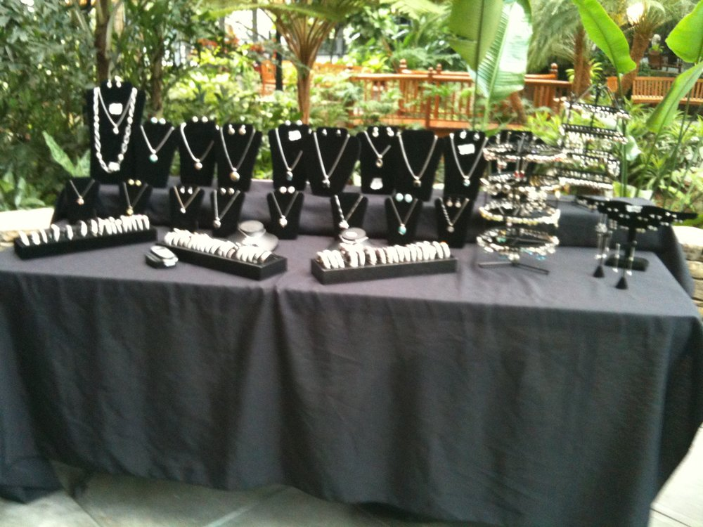 Susie Sparkles - Susie Coughtry from Susie Sparkles lives in Atlanta Georgia. She has been selling designer inspired jewelry for ten years. She sells necklaces, bracelets, earrings and rings. She has participated in our festival two years now! She is looking forward being a pat of our Festival again!