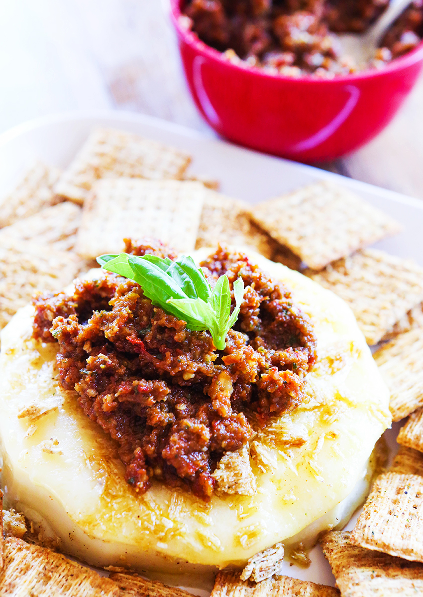 Fried Brie with Sun-Dried Tomato Pesto