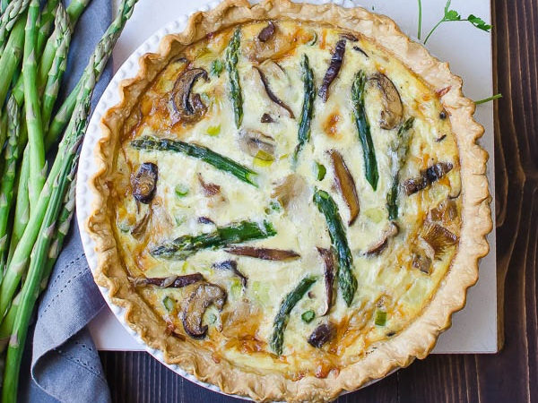 asparagus-mushroom-quiche+garlicandzest.jpg