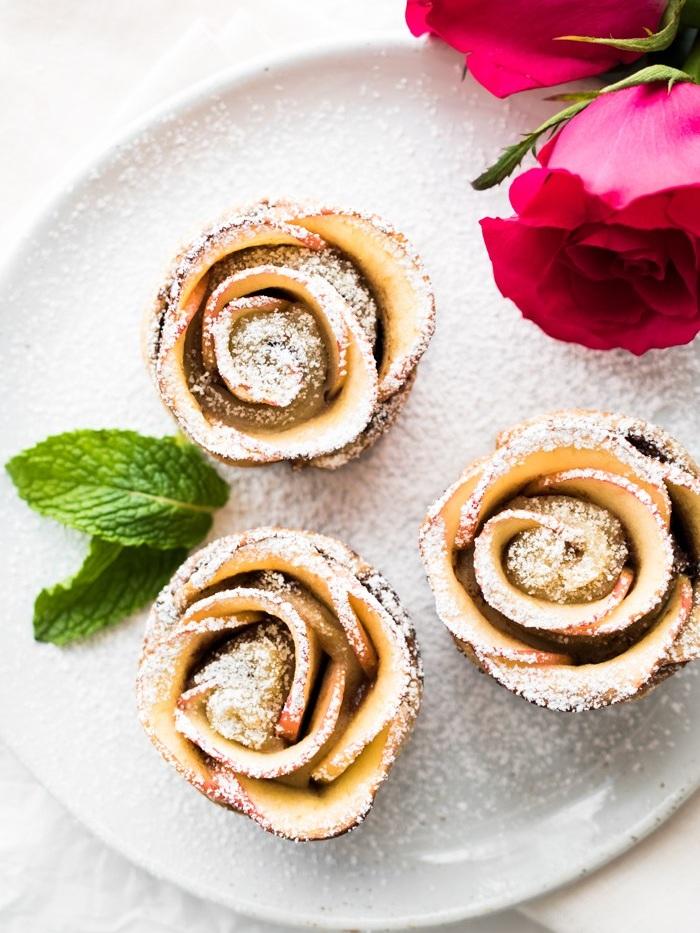 Nutella-Apple-Roses-hapanom.jpg