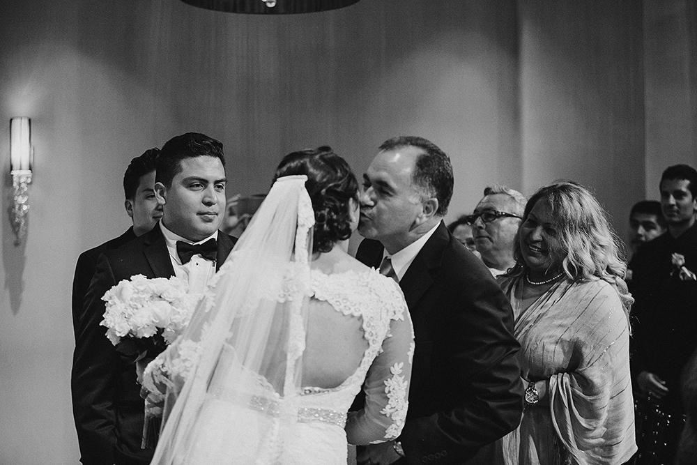 anahi_gustavo_wedding-030.jpg