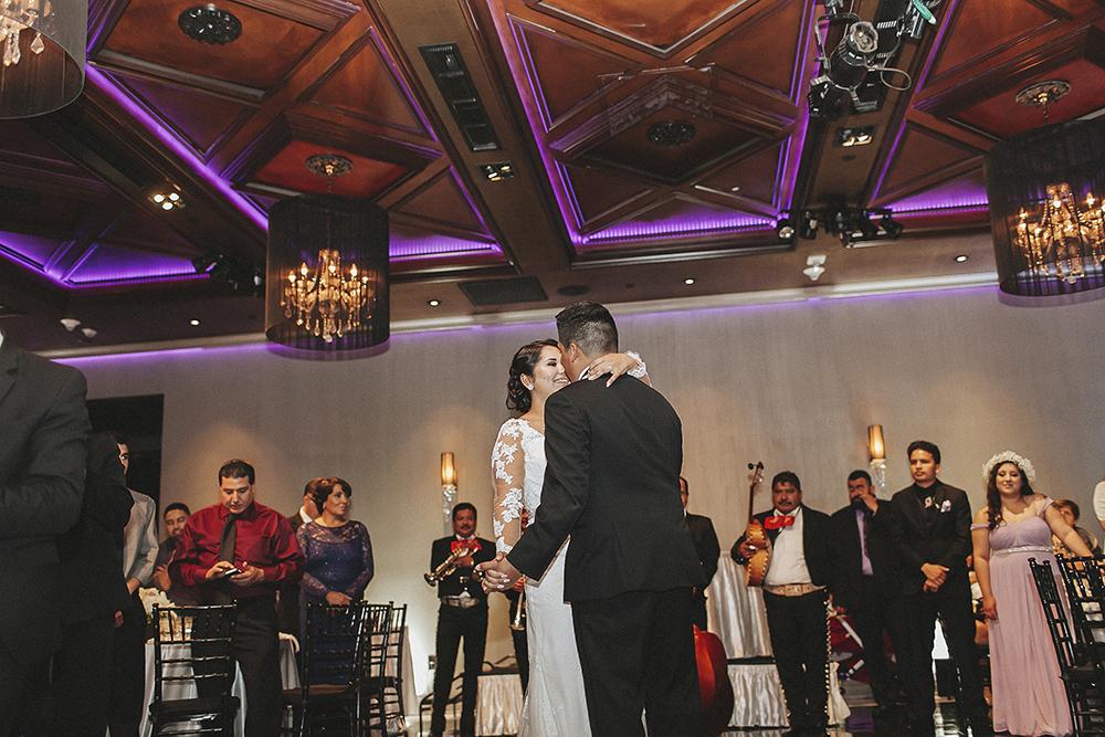 anahi_gustavo_wedding-047.jpg