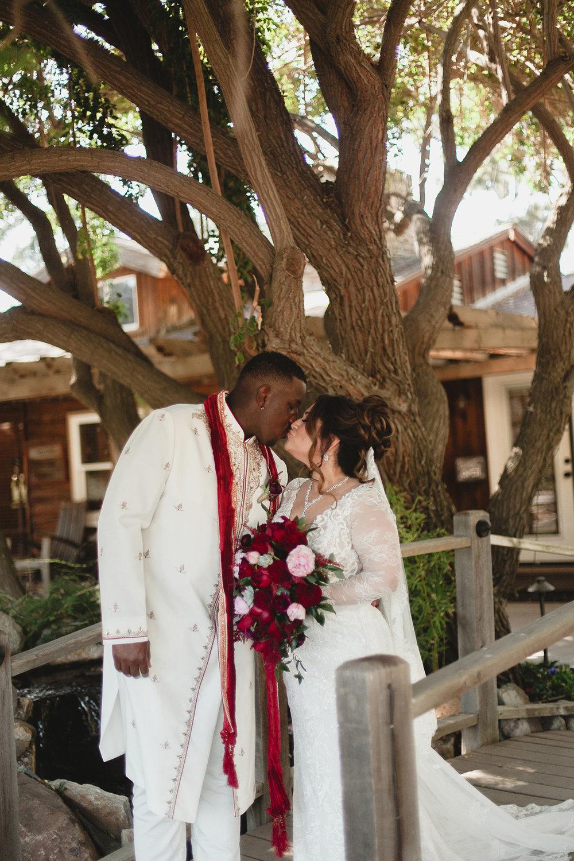 jas_theo_lakeoak_meadows_wedding_-029.jpg